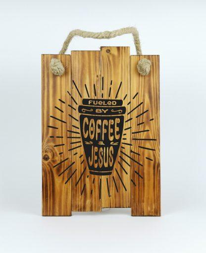coffee and jesus Rusztikus fatabla allo deszkakbol kotellel