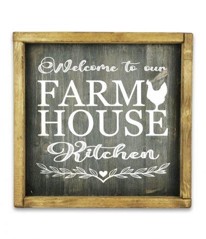 welcome to our farm house kitchen rusztikus fekete fatabla kerettel